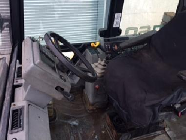 Backhoe loader - Massey-Ferguson 760