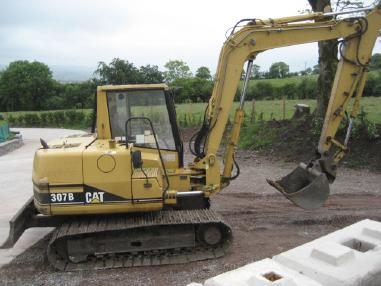Tracked excavator - Caterpillar 307 B
