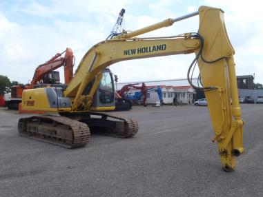 Tracked excavator - New Holland E215