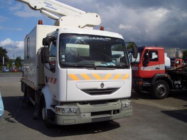Kamyon çalışma platformu - Renault 12.220 Hubarbeitslift 18 M mit Werkstattkoffer