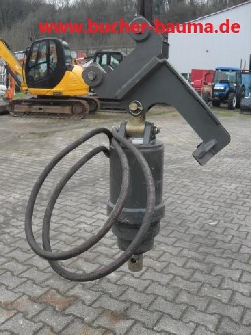 Hydraulischer Bohrantrieb mit Baggeraufnahme