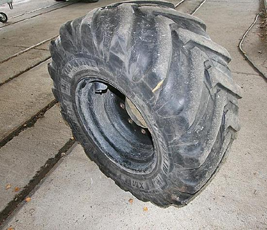 Michelin Komplettrad 400/70 R 20 XMLC