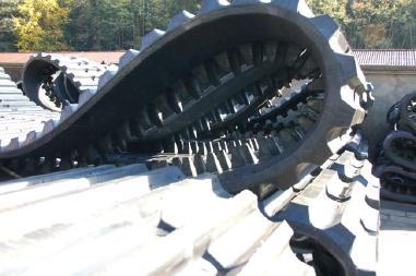 履带式自卸车 - Morooka MST800