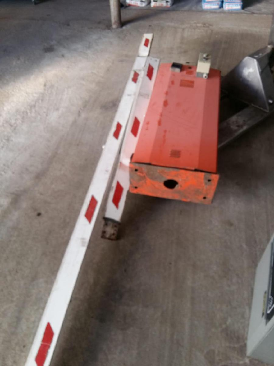 Road barrier CAME G6000