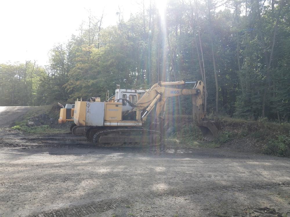 Excavator cu lanţ - Demag H65