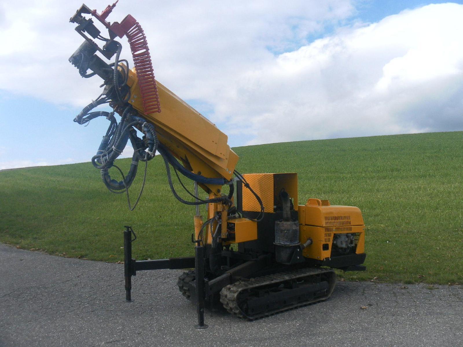 Maşină pentru construcţia de tunele - Aliva ALIVA 503