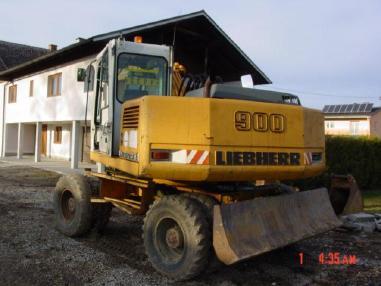 Escavatore gommato - Liebherr Liebherr Mobilbagger A 900 Litronic, hydr.-Verstellausleger