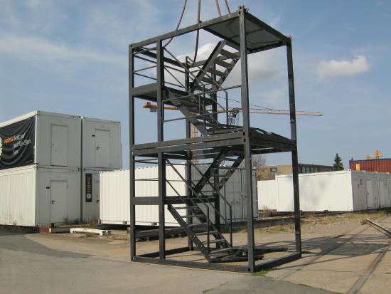 Treppenturm a 2,8 m hoch [X310019009/ X310019010]