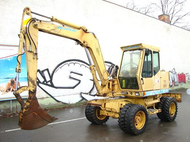 Escavatore gommato - Benmac 308R Mobilbagger excavator 8,5t Hammerhyd