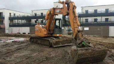 Tracked excavator - Case CX135SR