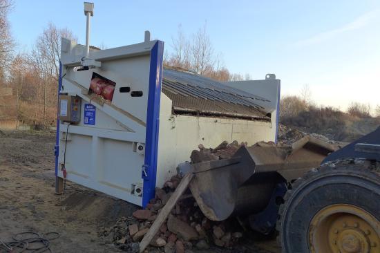 BHS Baustoff-Recyclingsieb SEMIMOBIL SBR 4