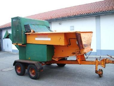 क्रशिंग (पिसाई) यूनिट्स - विविध Unirec D 113 Schredder Häcksler 232h!!!