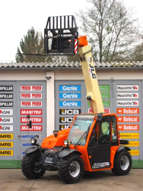 JLG 2505 TURBO ** 4x4x4 / 6m / 2.5t ** vgl TH255