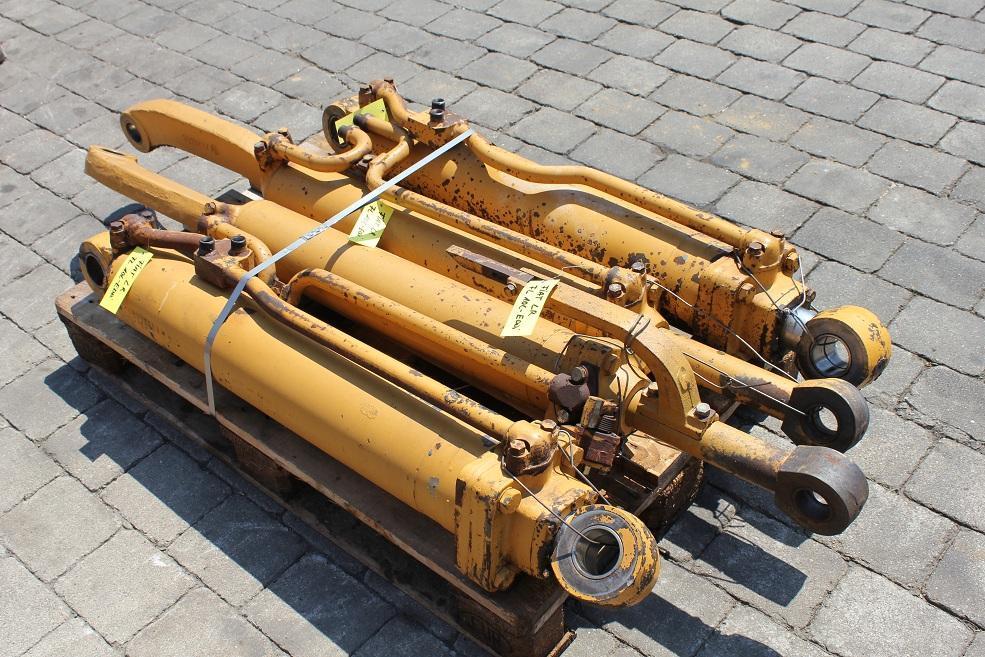fiat fl 10 c hydraulic cylinder used de crnx 6873 bn machinery park