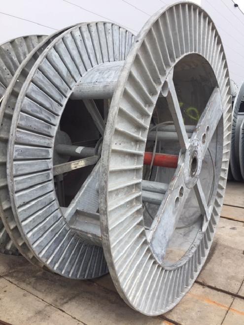 Stahl-Spule 2.300x1.650x800
