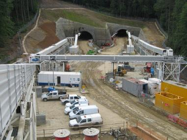 Förderbandanlage - CCL (Joy Mining). 2 Tunnel Conveyors Each 1700 Metres Long.