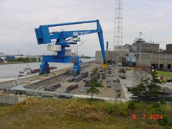 Sobemai Equilibrium Crane 55T at 45m
