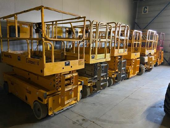 Always a lot of electric scissorlift in stock !