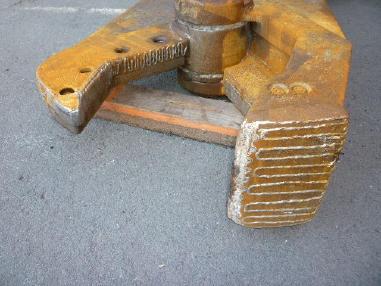 Abbruchschere - Vibraram Vibra Ram Schrottschere AS 1500 mit Aufnahme CW 30 / 40