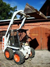 स्किड स्टीयर लोडर - Bobcat 643 Kompaktlader 0,5m³ 1,8to. orig. 821h