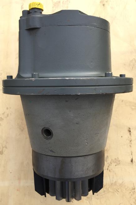 Liebherr Liebherr Schwenkantrieb Typ:  SAT 225/218