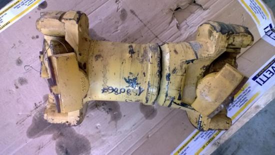 Caterpillar 735 AWR00399 ALBERO DI TRASMISSIONE