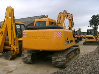 Tracked excavator - Hyundai Robex 140 LC7