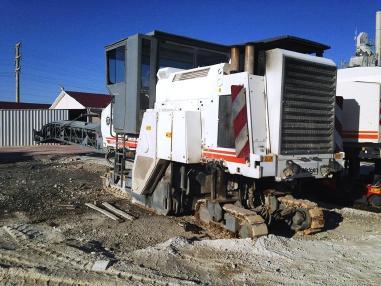 Fresatrice per asfalto - Wirtgen 2000 DC