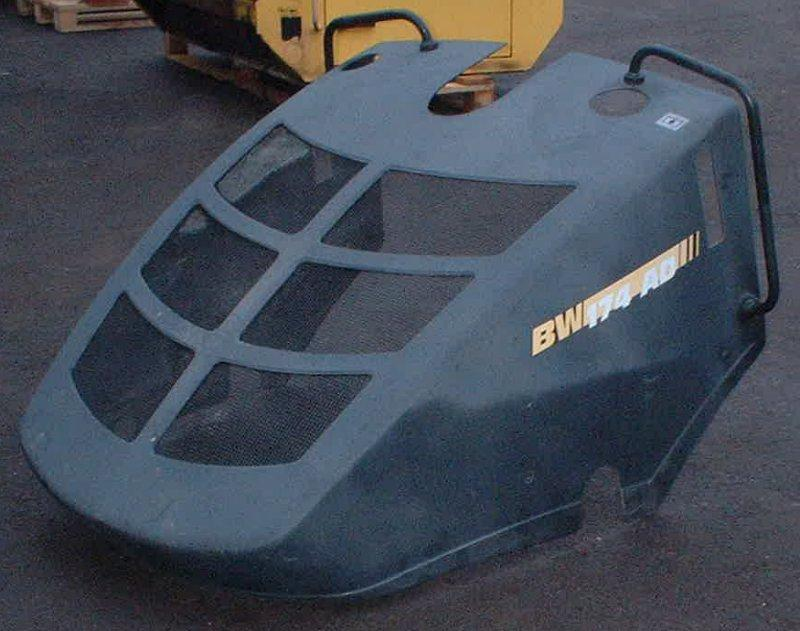 Diğer - Bomag Motorhaube BW 174 AD