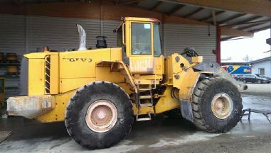 Chargeur sur pneus - Volvo L180E  Teileverkauf -- Sold only in Parts --