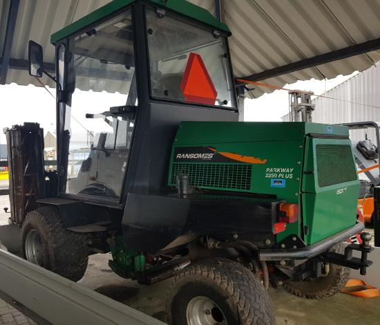 Ransomes Profesional Parkway  2250 4wd diesel