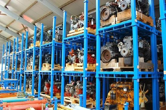 Many Different Makes And Types Of Engines