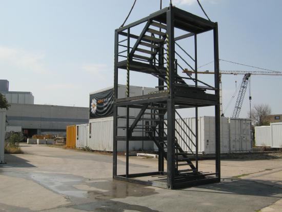 Treppenturm  a 2,8 m hoch [9413019140/ 9413019141]