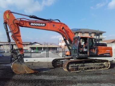 履带式挖掘机 - Doosan DX300NLC-5