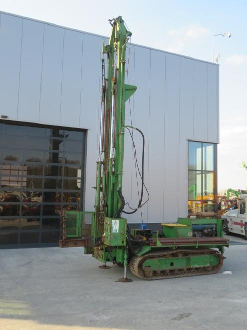 Ingersoll Rand Vertical drilling rig
