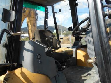 Backhoe loader - Caterpillar 438C