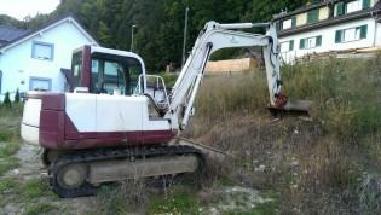 Excavator cu lanţ - Takeuchi TB070