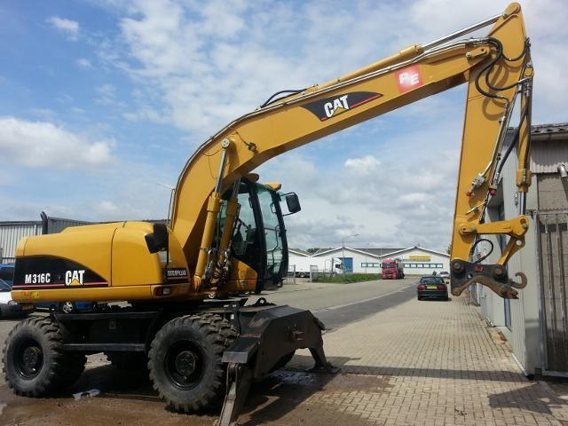 Excavator mobil - Caterpillar M316C
