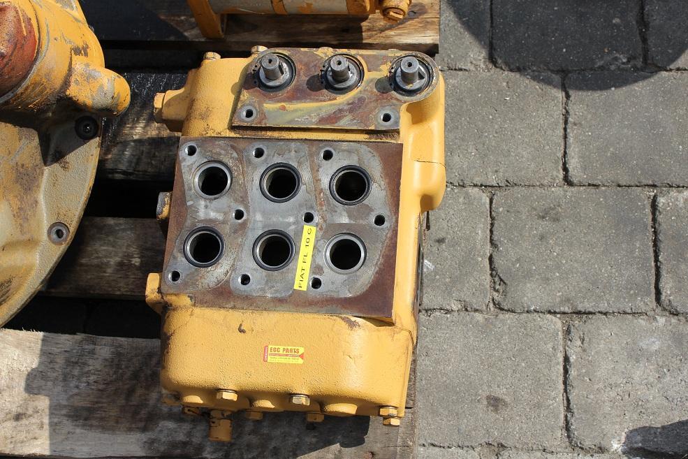 fiat allis fl 10 c torque converter used de dkwr 8246 cb fiat allis fl 10 c laderaupe