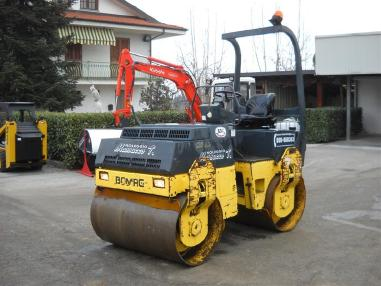 Walec tandemowy - Bomag BW135AD