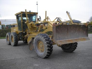Niveleuse - Caterpillar CAT 140H