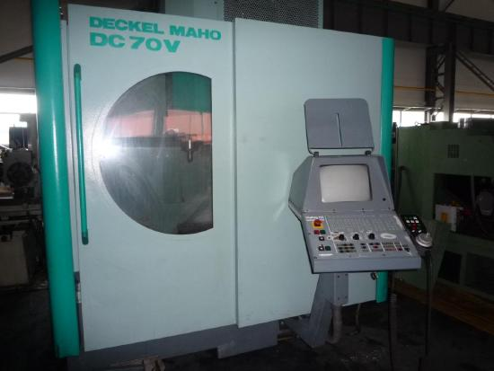 DC 70 V