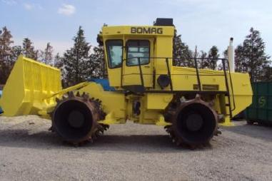 Compactor (afvalpers) - Bomag BC 670 RB