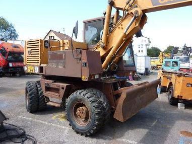 Excavadora de ruedas - Case Poclain 688