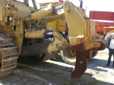 Bulldozer - Caterpillar D9H
