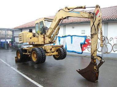 Mobilbagger - Benmac 308R Mobilbagger excavator 8,5t Hammerhyd