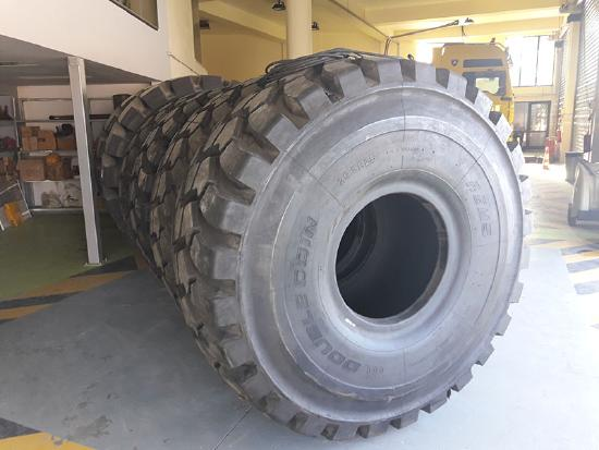 Double Coin TIRES DOUBLE COIN 35/65R33L5 REM 18