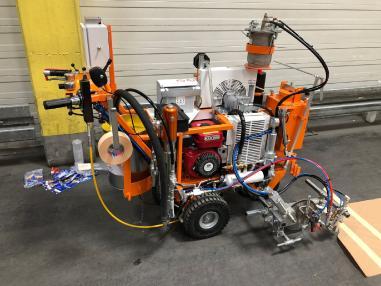 stroj za obilježavanje ulica - CMC AR30ITP