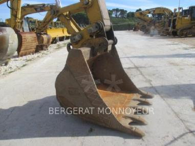 Tracked excavator - Caterpillar 323D