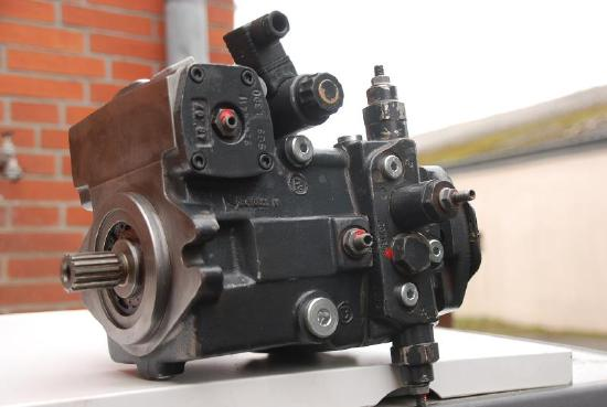 Rexroth Hydraulikpumpe / Hydrostat für Kramer